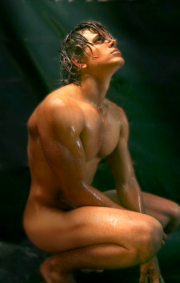 Famous guys nakes